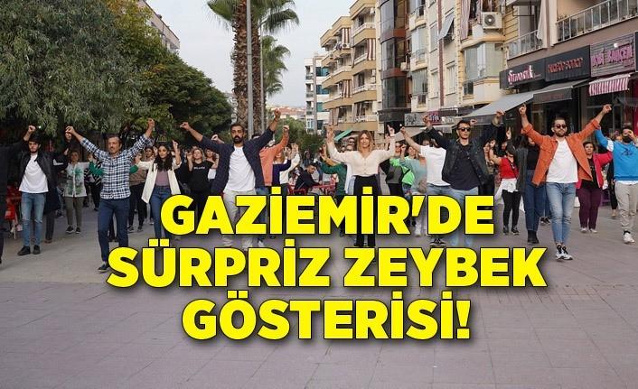 Gaziemir'de sürpriz zeybek gösterisi!