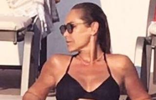 Bikinili Pozuyla Taş Çıkarttı