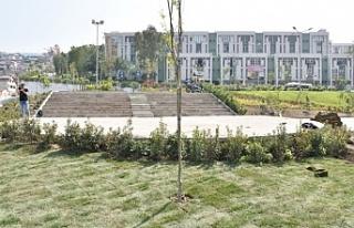 Bornova'ya İzzetbegoviç Parkı