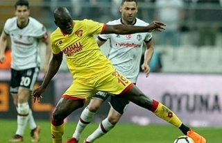 Demba Ba, Beşiktaş ile anlaştığı için mi kadro...