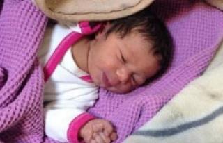 5 Günlük Bebek Yol Kenarına Bırakıldı