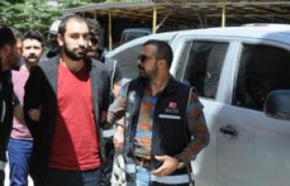 Hakkari'de 3 Polis Adliyeye Sevk Edildi
