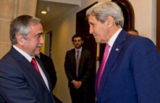 John Kerry Kıbrıs'ta