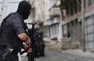Teröristler Kaymakamlığa Saldırdı
