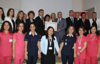 Urla Devlet Hastanesi Anne Dostu Oldu
