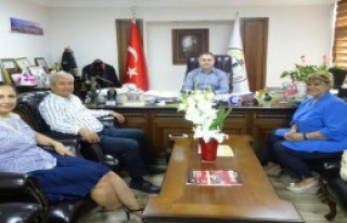Büyükelçi Algan İzmir Barosu'nu Ziyaret Etti
