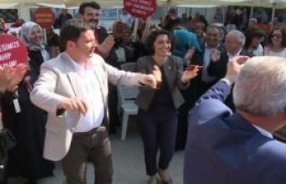 CHP'li Vekilden Oyunlu Çevre Protestosu