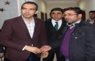 MHP'den İstifa Eden Üye AK Parti'ye Geçti