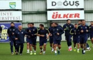 Fenerbahçe Akhisar'a Çalışıyor