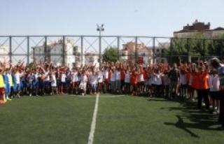 Futbol Okulu Turnuvayla Kapandı