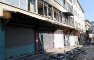 Gaziantep'te Kozmetik Deposunda Yangın