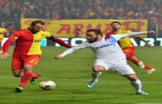 Göztepe'de Giray Af Bekliyor