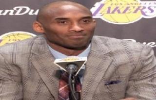 Kobe Bryant Veda Ediyor