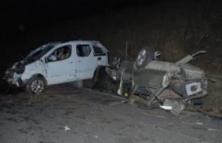 Osmaniye'de Trafik Kazası: 2'si Ağır, 5 Yaralı