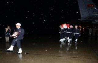 Şehit Polisin Cenazesi Trabzon'a Getirildi