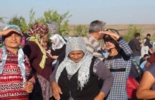 Suriyelilerin Umutsuz Bekleyişi Sürüyor
