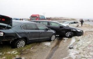 TEM'de Kar Kazası: 10 Yaralı