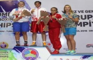 Trabzonlu Busenaz Şampiyon Oldu