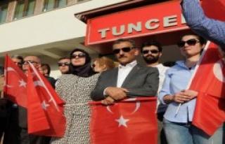 Tunceli'de Demokrasi Coşkusu