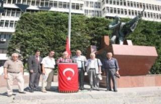 İzmir'de Muavenet Şehitleri Unutulmadı