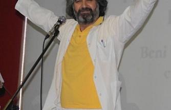 Kanser hastalarına zeybek oynayan doktor da milletvekili aday adayı