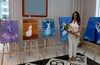 ''Kelebek Olmalıydık'' resim sergisi açıldı