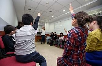 Türkiye'de bir ilk:'Filozof Çocuklar Sempozyumu'