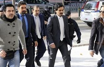 Yunanistan firari askerler hakkında kararını açıkladı